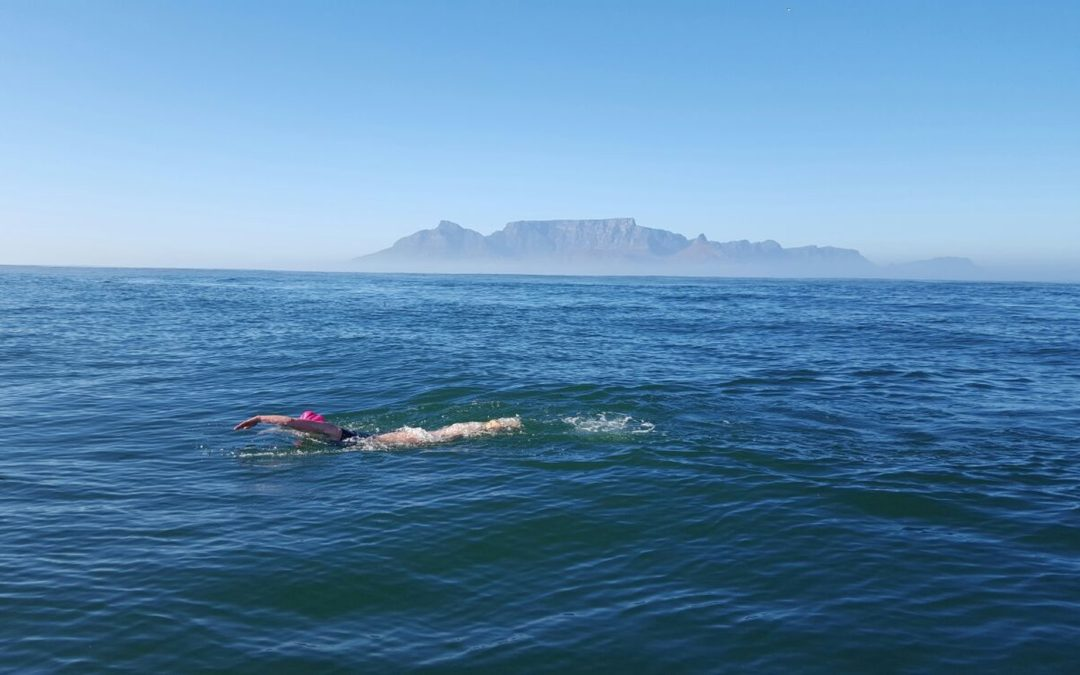 Úžina mezi Robben Island a Kapským Městem